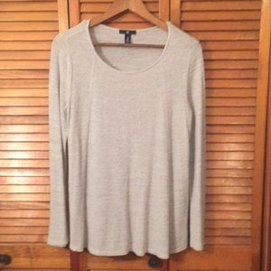Crew neck top by Gap